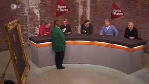 """Streit bei """"Bares für Rares"""": Julian Schmitz-Avila (Mitte) wendet sich beleidigt von Susanne Steiger (3.v.l.) ab."""