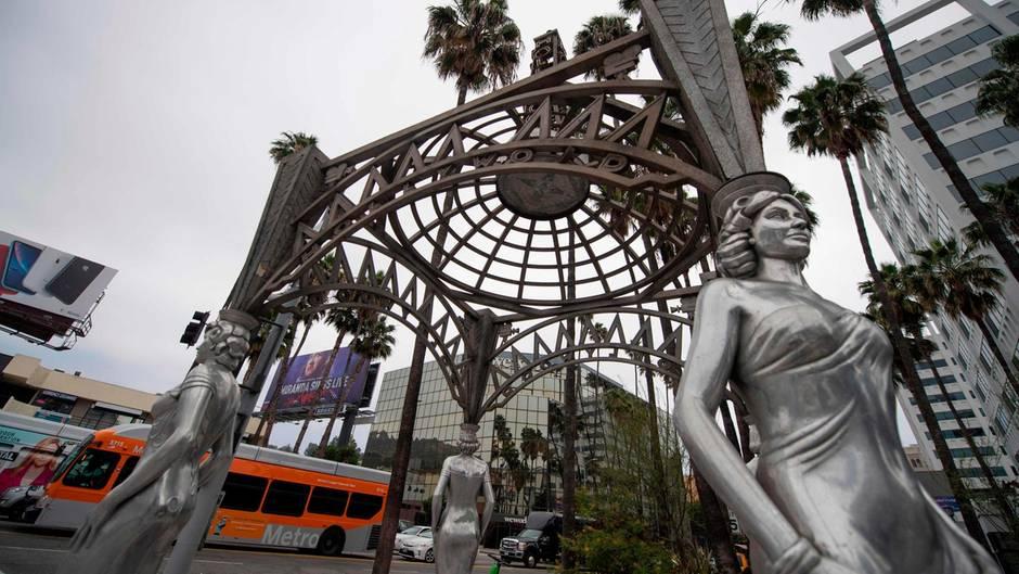 Auf diesem kleinen Statuen-Pavillon thronte auch die die von Marilyn-Monroe, die der Dieb absägte