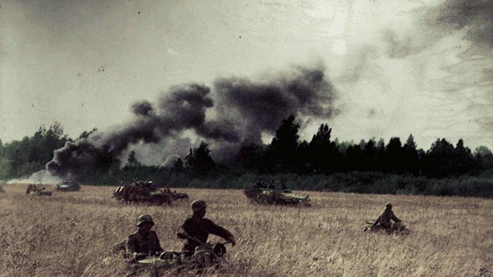 Gegenstoß von Truppen der Division Großdeutschland.