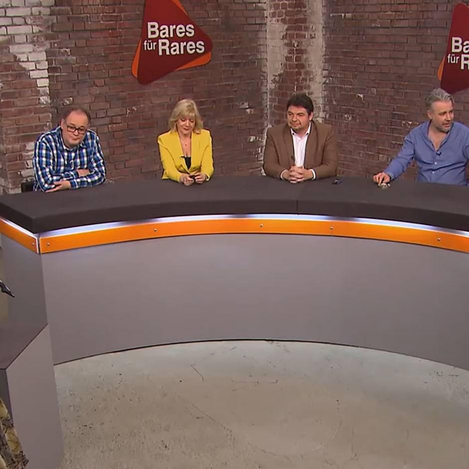 """Trödel-Show: """"Bares für Rares""""-Händler stichelt: """"Du darfst sie gerne mal anfassen und streicheln"""""""