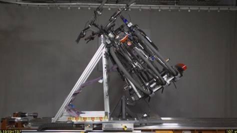 ADAC-Test: Fahrradheckträger: Sind teuere Modelle besser als billige?
