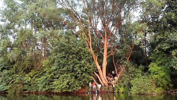 Das Foto zeigt die Unglücksstelle am Habichtsee