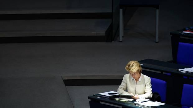 Bundesverteidigungsministerin Ursula von der Leyen ist durch die Berateraffäre erheblich unter Druck geraten