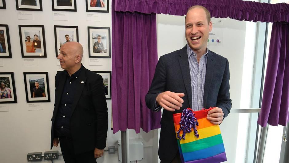 Auch bei den eigenen Kids:Prinz William findet Homosexualität total okay