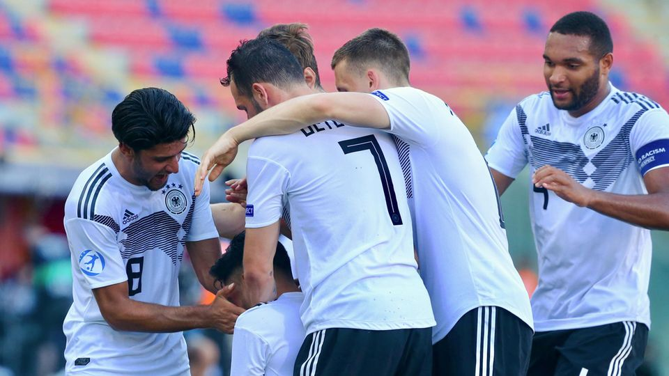 Deutschlands U21-Fußballer beim Torjubel