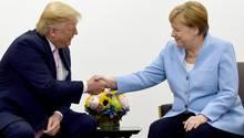 Donald Trump und Angela Merkel beim G20-Gipfel in Osaka