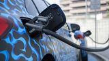 Die Mercedes A-Klasse PHEV kann jetzt erstmals mit Gleichstrom geladen werden