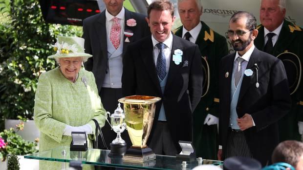 Queen Elizabeth II. und ScheichMohammed bin Rashid Al Maktoum