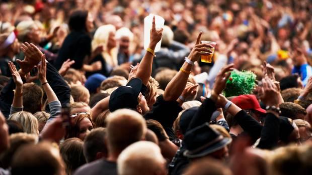 Von Sachbeschädigung bis Körperverletzung: Die Auswirkungen von Alkoholkonsum auf Dritte sind nicht zu unterschätzen