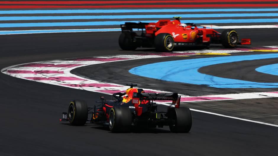 Charles Leclerc und Max Verstappen beim Grand Prix in Österreich