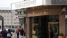 Das Ladengeschäft des Juweliers Wempe in der Innenstadt am Jungfernstieg.