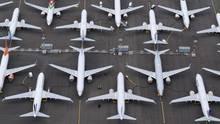 Vom Flugverbot betroffen: Die bei Seattle produzierten Flugzeuge vom Typ Boeing 737 MAX stehen auf Parkplätzen und dürfen nicht ausgeliefert werden.