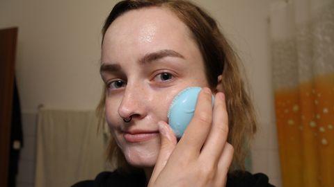 """Selbstversuch: Ich teste die innovative Reinigungsbürste """"Foreo Luna Fofo"""""""