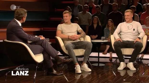 Toni und Felix Kroos zu Gast bei Markus Lanz