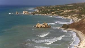 Wildromantisch: Die Küste einer griechischen Insel