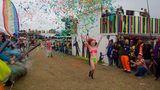 DieSiegerin des jährlich stattfindenden Nacktenrennens