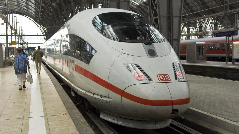 Die Durchsage eines Bahnangestellten im ICE hatte die Gemüter der Reisenden erhitzt