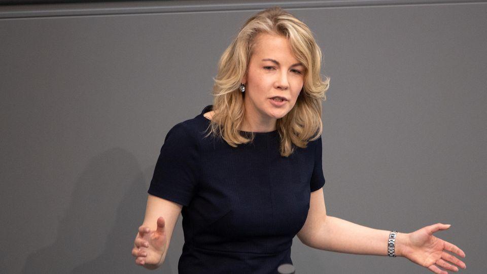 Linda Teuteberg ist FDP-Generalsekretärin und Sprecherin für Migration der FDP-Bundestagsfraktion