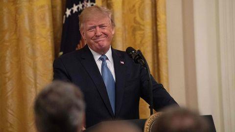 Donald Trump lobt seine Umweltpolitik bei einer Veranstaltung im Weißen Haus.