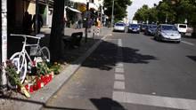 Die weißen Räder erinnern an toteRadfahrer.