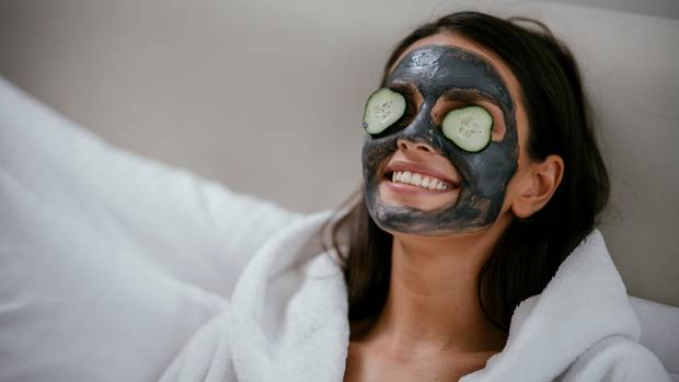 Du willst lästige Hautunreinheiten loswerden? So könnte es klappen