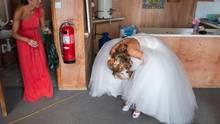 """Ehrliche Hochzeitsfotos: """"I am not a Wedding Photographer"""" von Ian Weldon"""