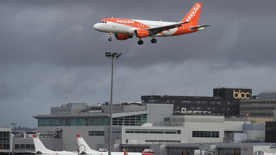 Auf dem Londoner Flughafen Gatwick ist der Betrieb eingestellt worden