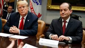 Donald Trump und Alexander Acosta