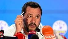 Italiens rechter Innenminister MatteoSalvini hat dementiert, jemals Geld von Russland bekommen zu haben
