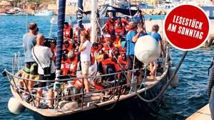 """Trotz des Verbots von Innenminister Salvini legte das Segelschiff """"Alex"""" in Lampedusa an"""