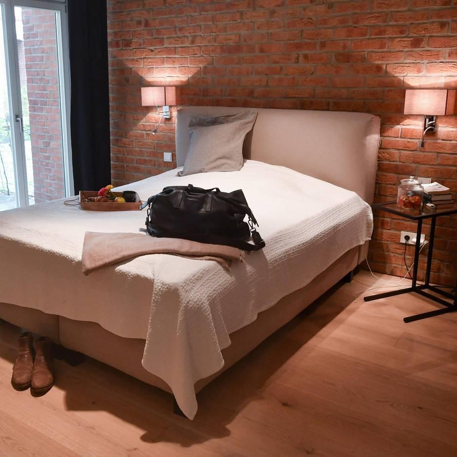 Airbnb ohne Registriernummer: Wegen illegaler Ferienwohnungen: Berlin verlangt von Vermietern 1,5 Millionen Euro an Bußgeldern