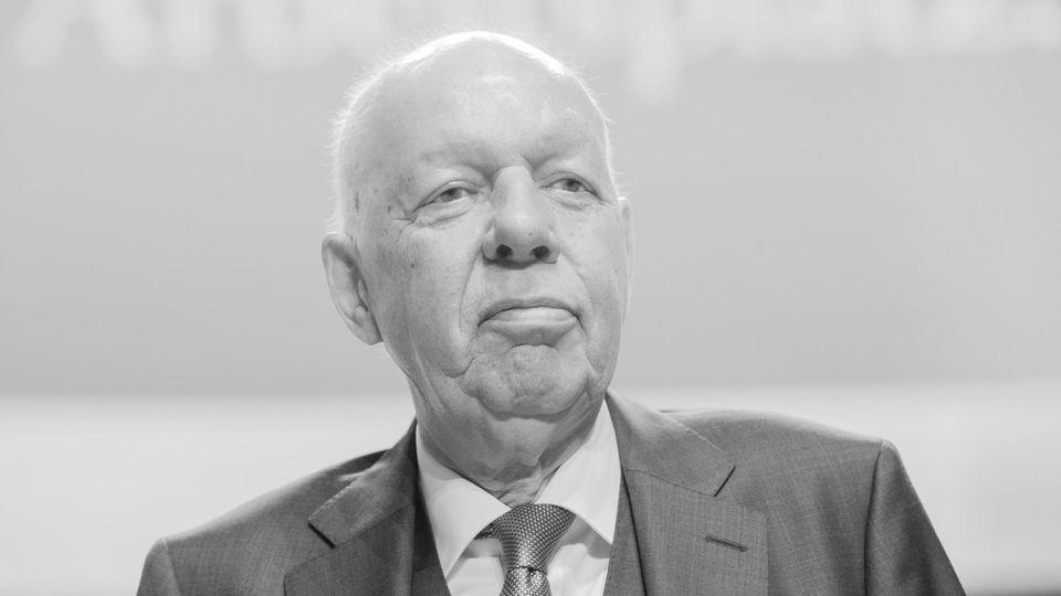 Der ehemalige Bundeswirtschaftsminister und Manager Werner Müller ist tot