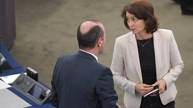 Ursula von der Leyen - Wahl EU - Manfred Weber und Katharina Barley