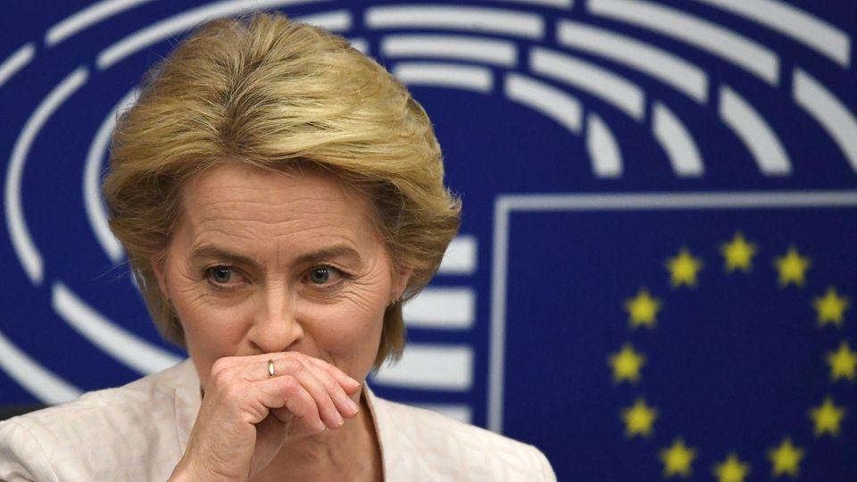 Ursula von der Leyen - Kommissionschefin von Gnaden der Rechtsnationalisten