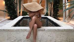 Kylie Jenner: Star inszeniert sich sexy mit Hut bei Instagram