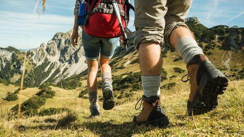 Outdoor-Tipps: Wandern in den Bergen - diese Outdoor-Ausrüstung brauchen Sie für die Bergtour