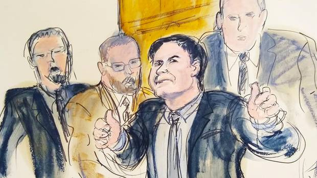 El Chapo mit US-Marshalls vor Gericht