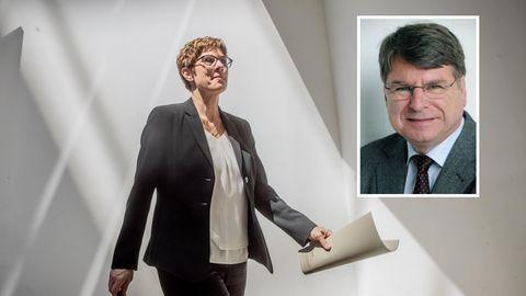 Annegret Kramp-Karrenbauer (AKK) und der Politikwissenschaftler Prof. Dr. Ulrich von Alemann