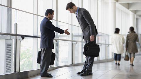 Begrüßung Geschäftsleute