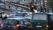 Elektromobilität Dichter Berufsverkehr in Berlin
