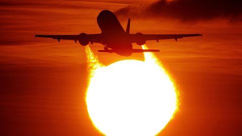 Sollte Fliegen teurer gemacht werden?