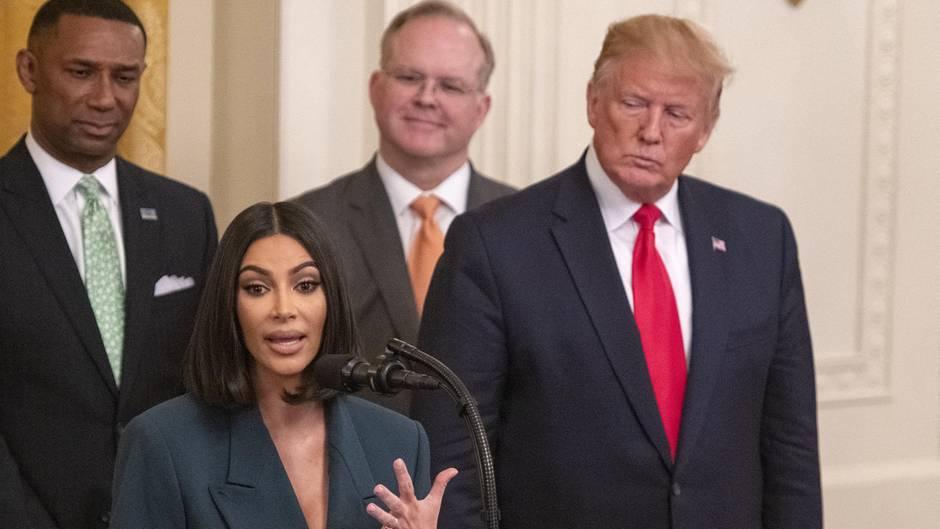Bereits Mitte Juni noch vor der Verhaftung von Rapper ASAP Rocky sprach sich Kim Kardashian West im Weißen Haus vor Donald Trump für eine Justizreform aus