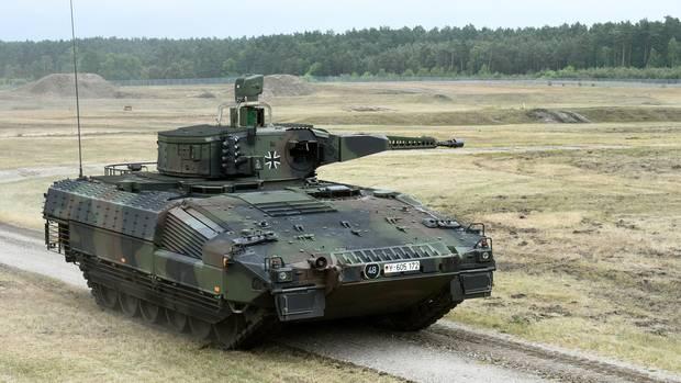 Schützenpanzer Puma auf dem Testgelände im niedersächsischen Unterlüß