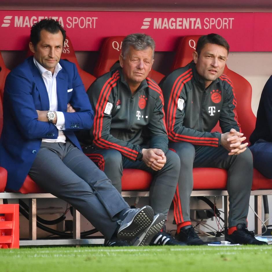 Rot-weiß - die Bayern-Fan-Kolumne: Wie der belächelte Brazzo im Transferwahnsinn zur Geheimwaffe avanciert