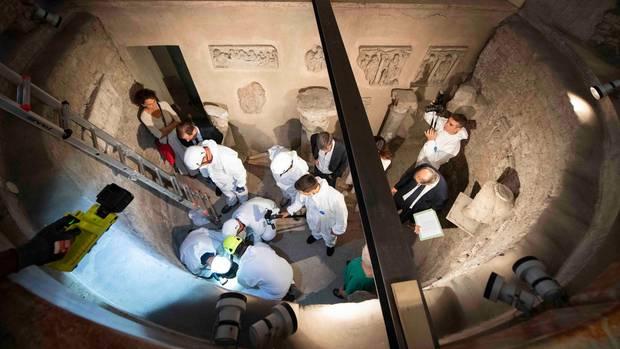 Vatikan: Experten öffnen Gräber auf der Suche nach Emanuela Orlandi