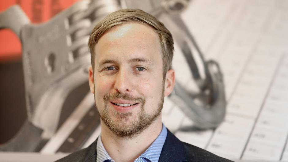 Staatsanwalt Christoph Hebbecke gegen Hasskommentare bei Facebook