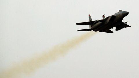 Ein südkoreanischer F-15K-Jet hebt in von einer Militärbasis ab