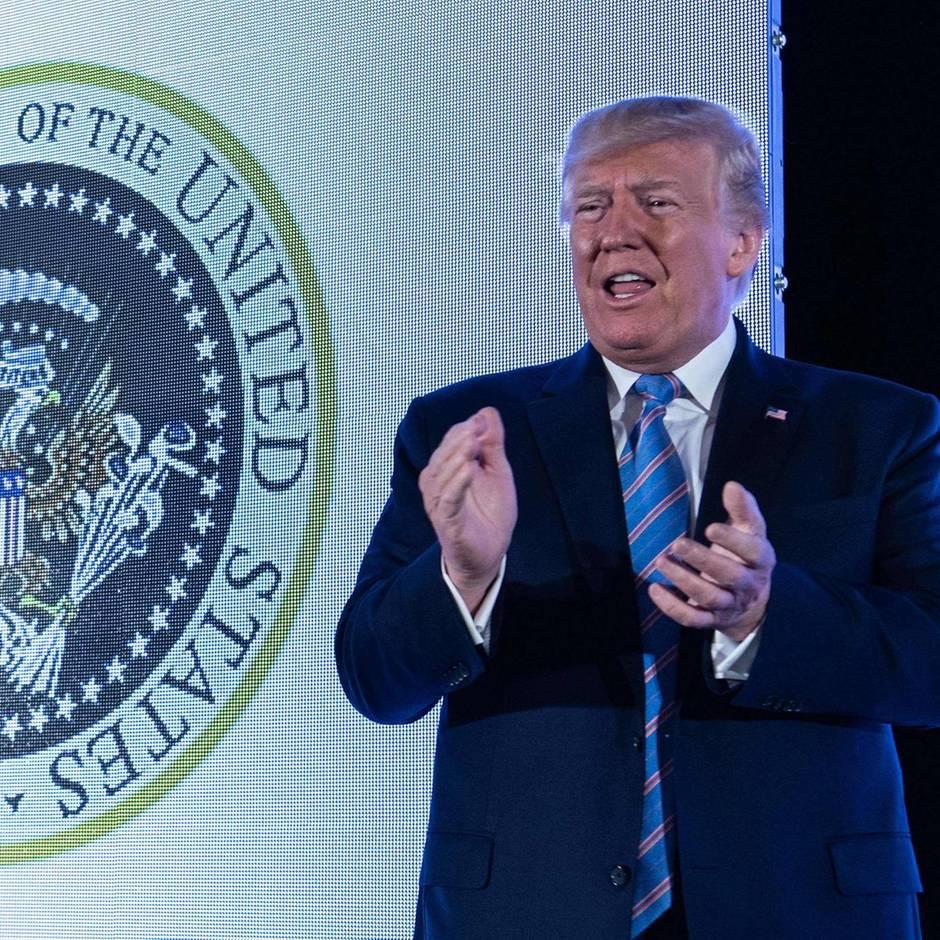 """Twitter-Tirade: Donald Trump auf Zinne: Rundumschlag gegen Mauergegner, Guatemala und """"AOC plus 3"""""""