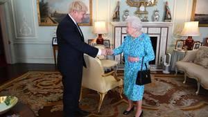 Queen Elizabeth II. empfängt Boris Johnson