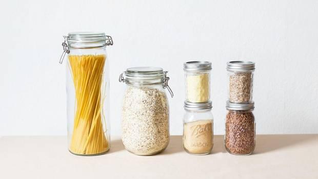 Ob Nudeln, Haferflocken oder Reis –die Glasdosen eignen sich für viele Lebensmittel